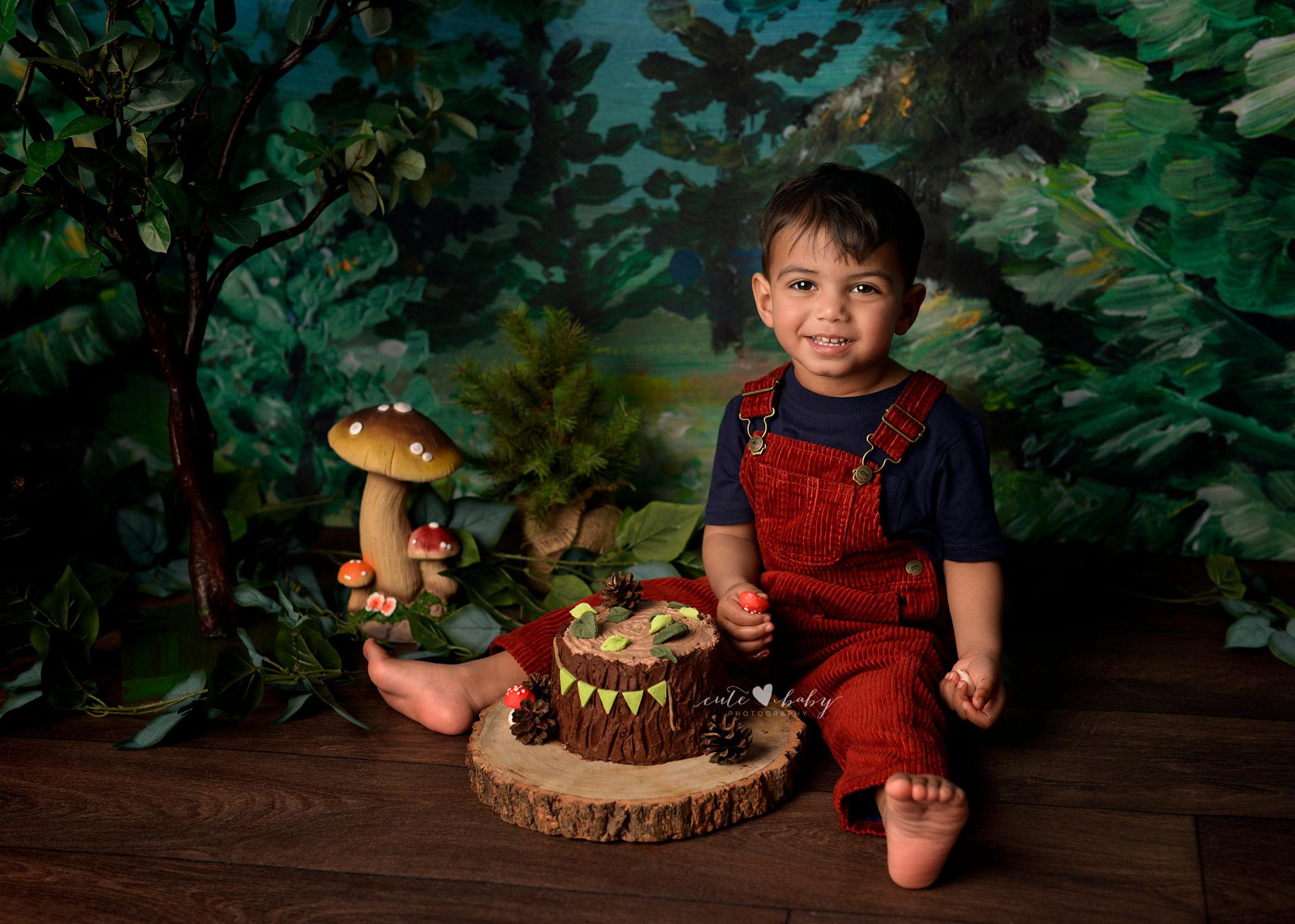 cake smash Manchester, Baby Photography Manchester, 1st Birthday photography, Cake Smash Camping